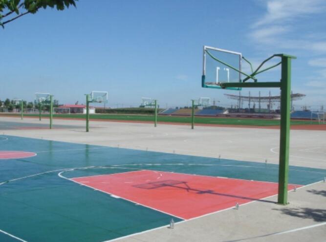 成都高铁学校篮球场图片