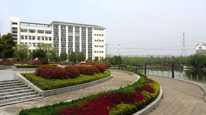 成都高铁学校图片